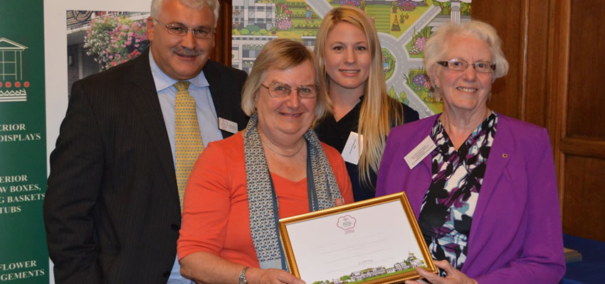 Gold for Bracknell in Bloom and South Hill Park
