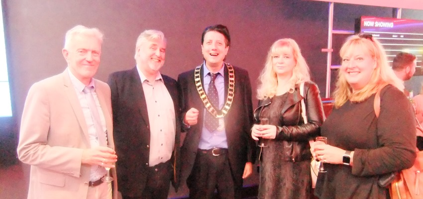 Town Mayor attends opening of Cineworld