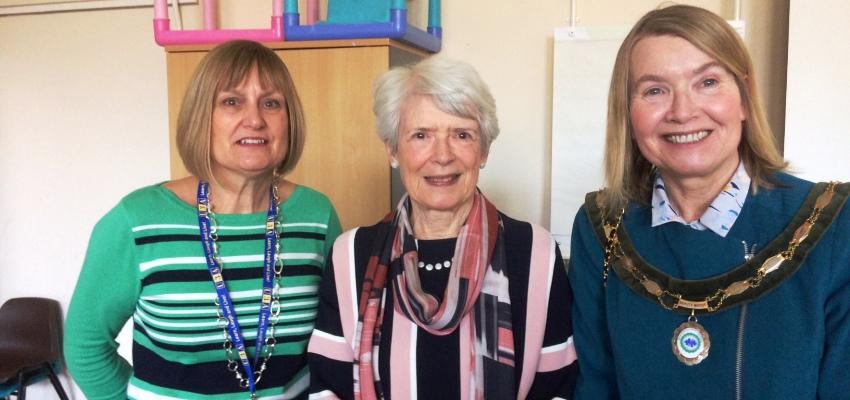 Bracknell Town Deputy Mayor Praises Life-Long Learning!